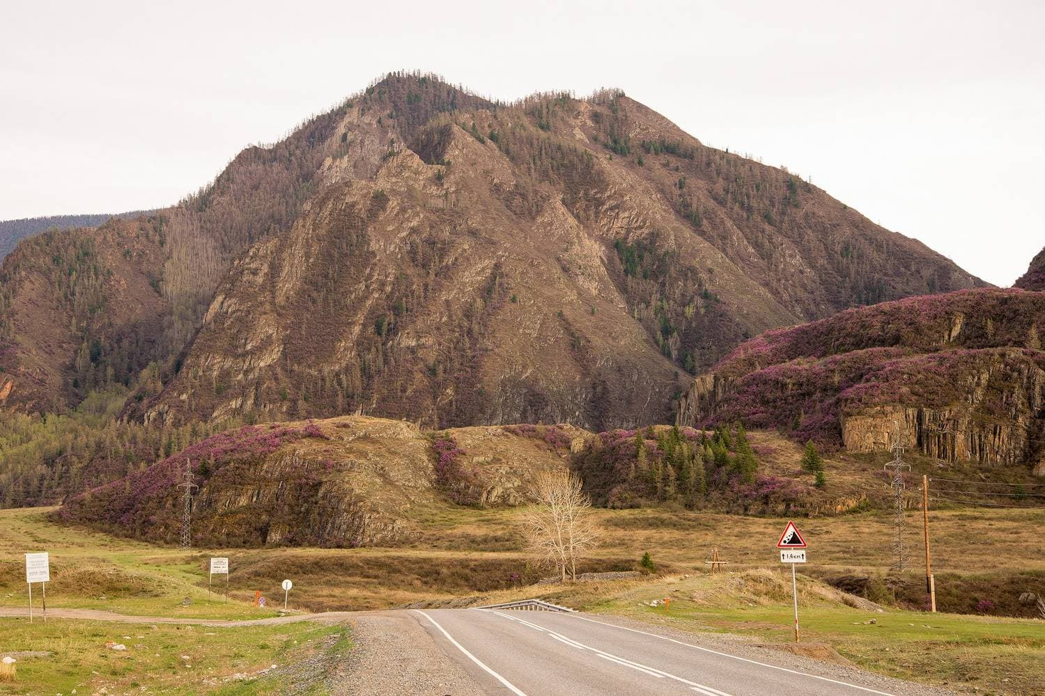 In Russia The Chuyskiy Tract Is Considered To Be One Of Oldest Roads Road First Mentioned Chinese Chronicles Thousands