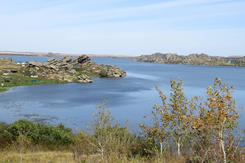 Kolyvan Lake is a blue gem of the Altai Territory